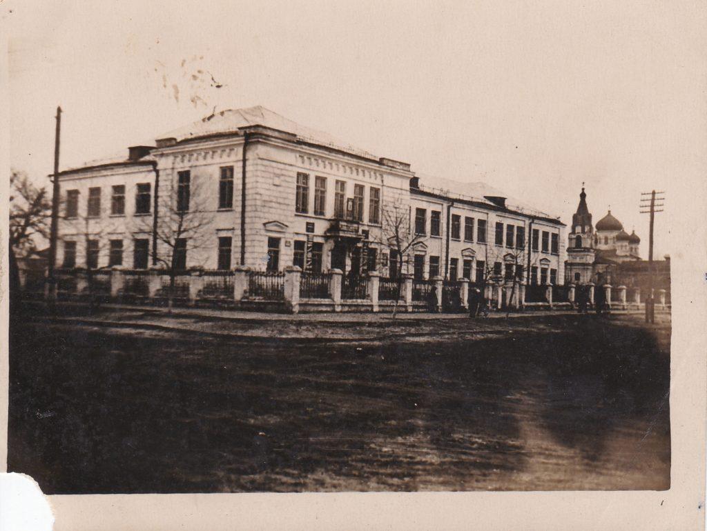Старобельск. Средняя школа №3. 50-60-е годы.