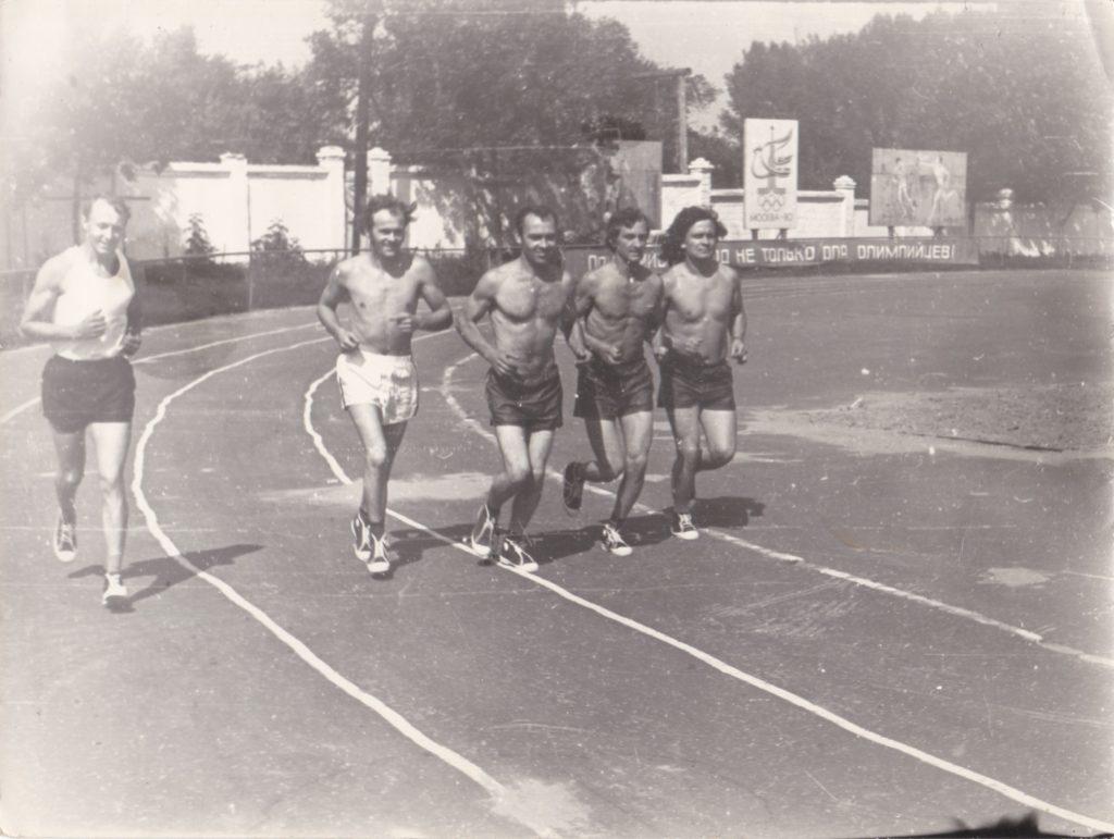 """Старобельск. Стадион """"Колос"""". 80-е."""
