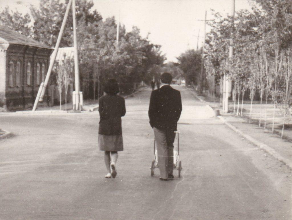 СТАРОБЕЛЬСК, ПЕРЕКРЁСТОК УЛИЦ ШЕВЧЕНКО И К.МАРКСА,1967год